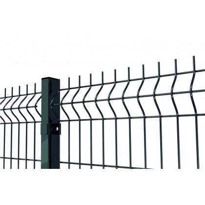 Gruby panel ogrodzeniowy. Panel fi 5. Ogrodzenie zielone z paneli.